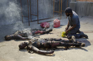 """The Walking Dead Season 4 Episode 3 Recap: Whoa, Killer! Who's Sick Now? Who Got Hammered in """"Isolation""""?"""