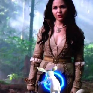 The White Rabbit Jumps Into Snow White's Crotch in Once Upon a Time Promo Fail (VIDEO)