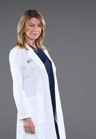 Meredith Grey Gets Bloody as a Killer Grey's Anatomy Doc For Halloween Promo (PHOTO)