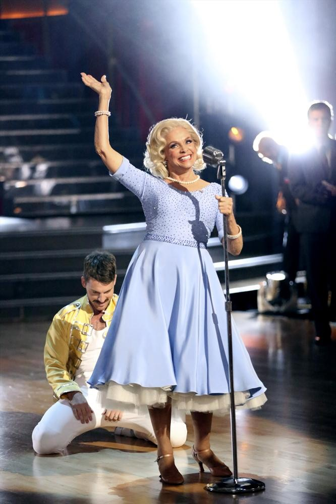 Dancing With the Stars 2013: Did Valerie Harper Deserve to Go Home?