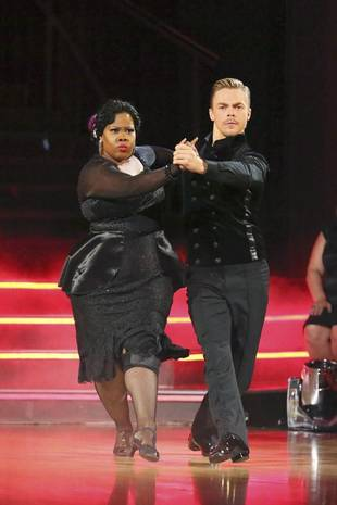 Dancing With the Stars 2013: Amber Riley and Derek Hough's Week 5 Foxtrot (VIDEO)