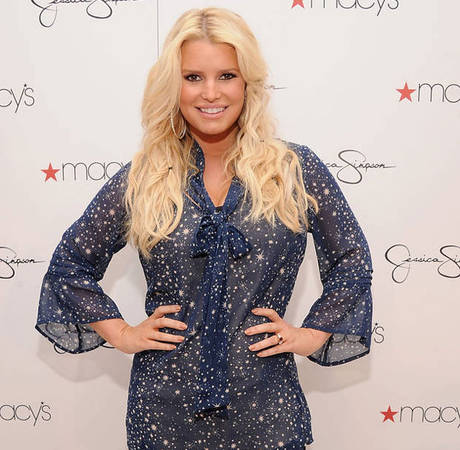 Jessica Simpson Flaunts Post-Baby Body in Bridesmaid Dress