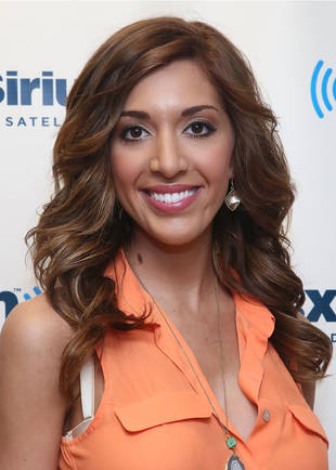 "Farrah Abraham's Plastic Surgeon Dishes: ""She's Just a Single Mom Trying to Be Famous"""