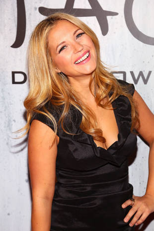 Pretty Little Liars Star Vanessa Ray Cast in Indie Film Rumperbutts