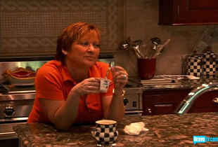 Real Housewives of New Jersey Star Caroline Manzo Dishes on How to Have a Great Family