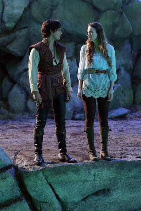 Once Upon a Time in Wonderland Premiere: Watch the First 20 Minutes Online Now!