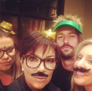 Kris Jenner Shares Selfie With Bruce's Kids on His Birthday [PHOTO]