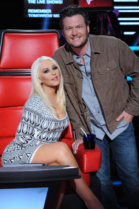 Blake Shelton Admits He Had a Crush on Christina Aguilera When They First Met! (VIDEO)