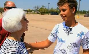 Son of Thief Returns Money His Father Stole From Elderly Widow (VIDEO)