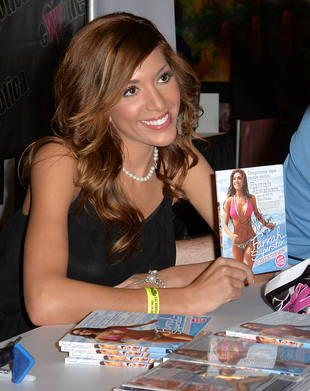 """Farrah Abraham Claims She's """"Done"""" With Adult Entertainment, Admits She Went Too Far"""