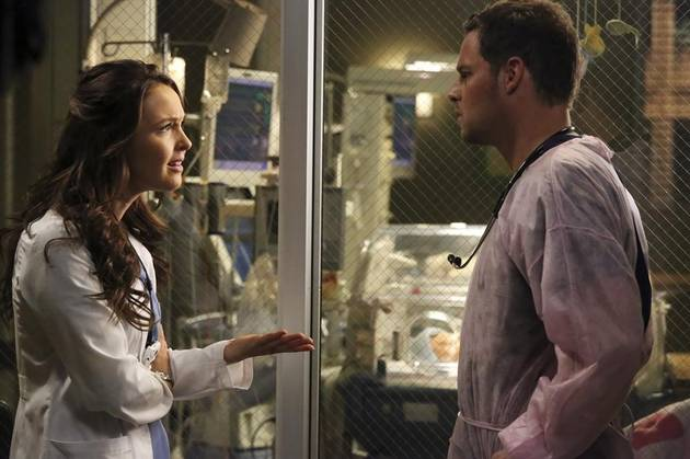 Grey's Anatomy Season 10 Spoilers: Will Alex's Dad Ruin His Romance With Jo?