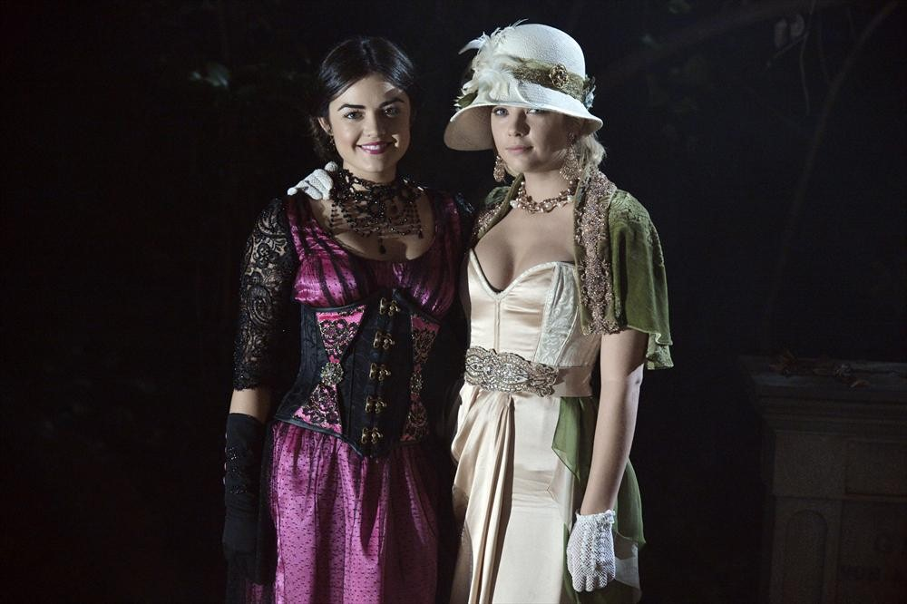 "Pretty Little Liars Music: Halloween Songs From Season 4, Episode 13: ""Grave New World"""