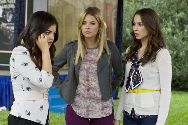 Pretty Little Liars Speculation: Did Hanna Take Aria's Diary From the Lair?