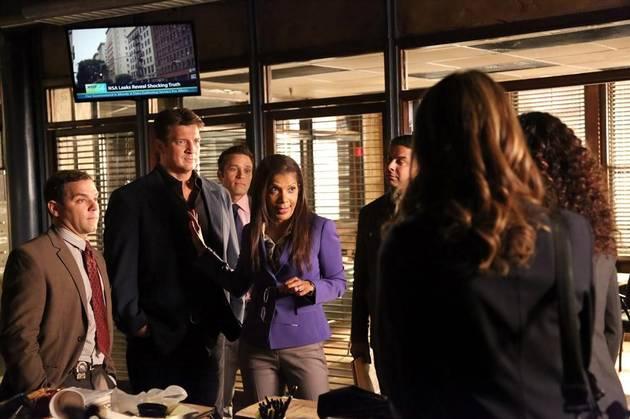 Castle Season 6 Sneak Peek: Beckett AND Castle Return to the 12th Precinct (VIDEO)