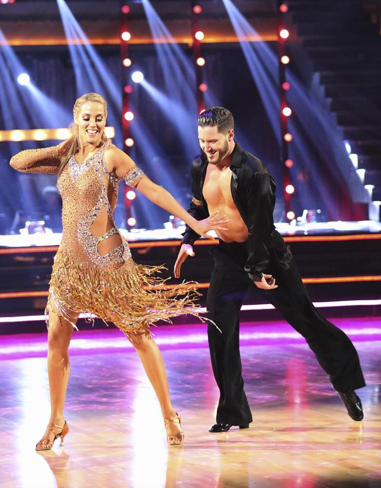 Dancing With the Stars 2013 Live Recap: Season 17, Week 7 — The Fox Said… No.