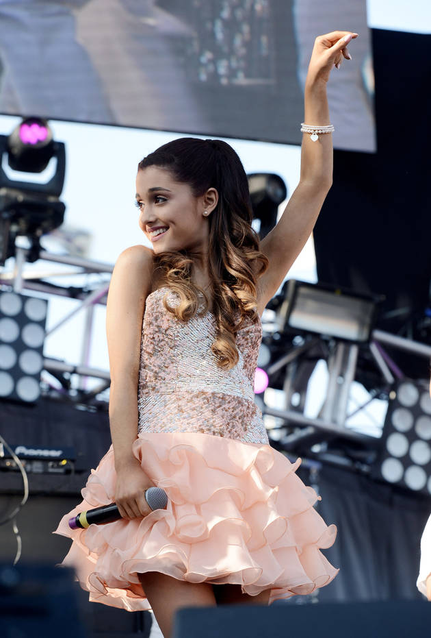 Ariana Grande: I Originally Wanted to Duet with This Singer on My Album!