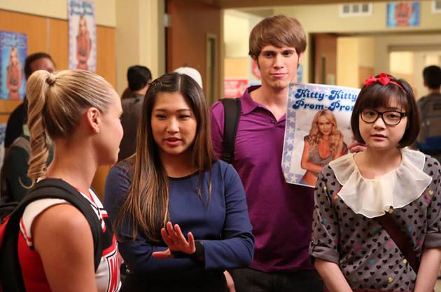 "Logic Fails in Glee Season 5, Episode 2: ""Tina in the Sky With Diamonds"""