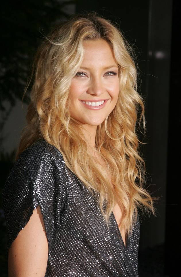 Kate Hudson Reveals Perfectly Flat Tummy on Shape Cover — Her Secret Is… (PHOTO)