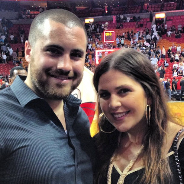 Lady Antebellum's Hillary Scott Shows Off 3-Month-Old Daughter Eisele Kaye (PHOTO)