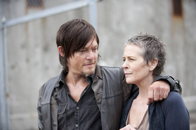 4 Days to The Walking Dead Season 4! 4 Carol and Daryl Photos to Stare At