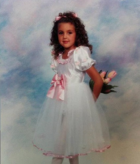 Guess Which Reality Star Used to Rock These Pink Bows! (PHOTO)