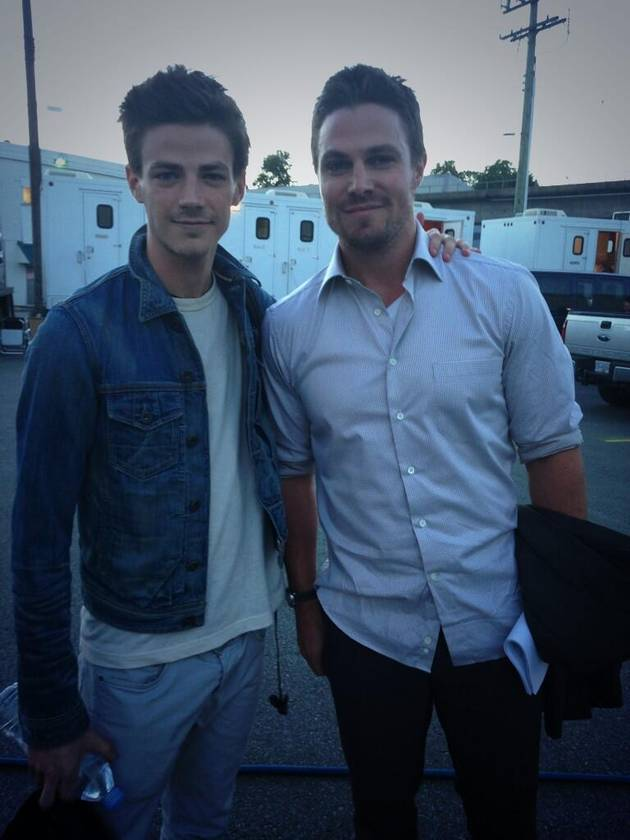 Grant Gustin on the Set of CW's Arrow — Darren Criss Reacts to the News