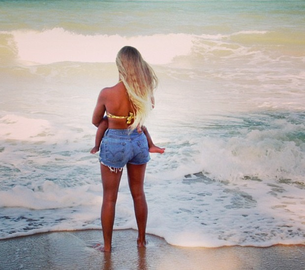 Beyonce and Blue Ivy Spend Some Sweet Downtime at the Beach (PHOTO)