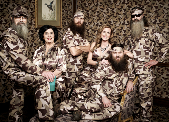 "Duck Dynasty's Si Talks Drugs and ""Whoring Around,"" Phil Talks Signing Panties"