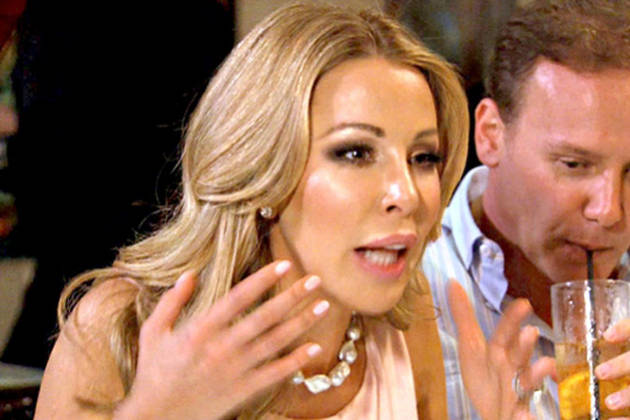 """Lisa Hochstein Calls Ana Quincoces a """"Wretched Swine of a Woman"""" During Twitter War"""