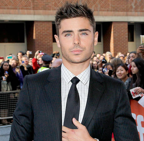 Zac Efron Is Butt Naked in New Movie Trailer (VIDEO)