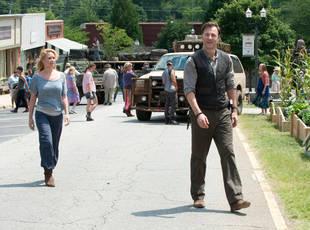 The Walking Dead Season 4: Will Woodbury Be Rebuilt?