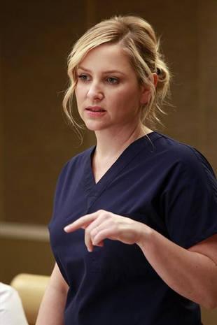 Grey's Anatomy Season 10, Episode 9: Arizona Was Pregnant, Had a Miscarriage!