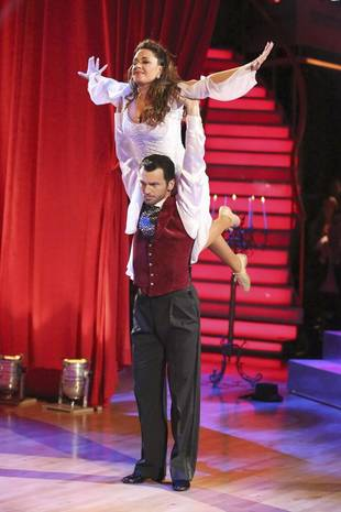 Dancing With the Stars 2013: Leah Remini and Tony Dovolani's Week 8 Viennese Waltz (VIDEO)