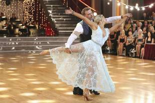 Dancing With the Stars 2013 Finale: Bill Engvall and Emma Slater's Viennese Waltz