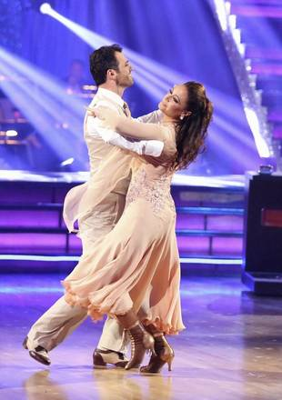 Leah Remini Got a CAT Scan! Is the Dancing With the Stars Contestant Injured?