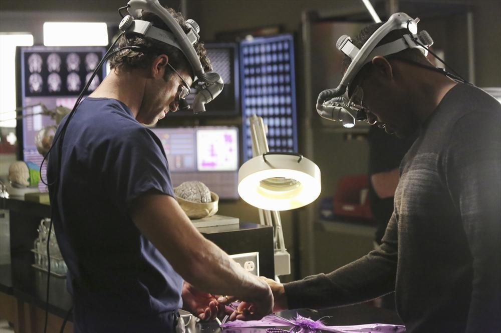 "Grey's Anatomy Season 10, Episode 7 Review: What Did You Think of ""Thriller""?"