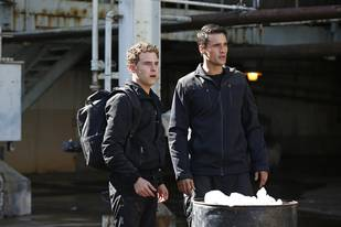"Agents of S.H.I.E.L.D. Recap: Season 1, Episode 7 — Fitz and Ward Find Bromance In ""The Hub"""
