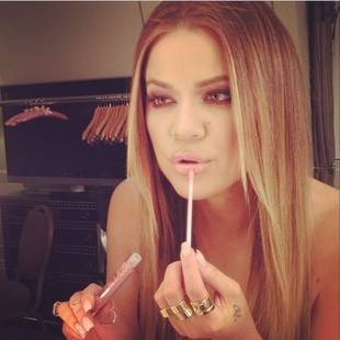 Is Khloe Kardashian Topless in Her Latest Instagram Pic?