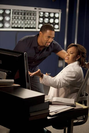 Grey's Anatomy Season 10 Spoilers: Ben-Bailey Drama Coming in Midseason Finale!