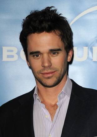 New Girl's David Walton, Roswell's Majandra Delfino Welcome Baby Boy!