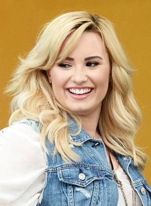 People's Choice 2014: X Factor and Demi Lovato Get 5 Nominations!