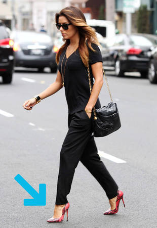 30 Seconds of Style: Eva Longoria Pumps Up Basic Black