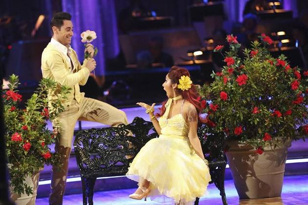 Snooki Gives Dancing With the Stars Partner Sasha a Sweet Thank You Gift (PHOTO)
