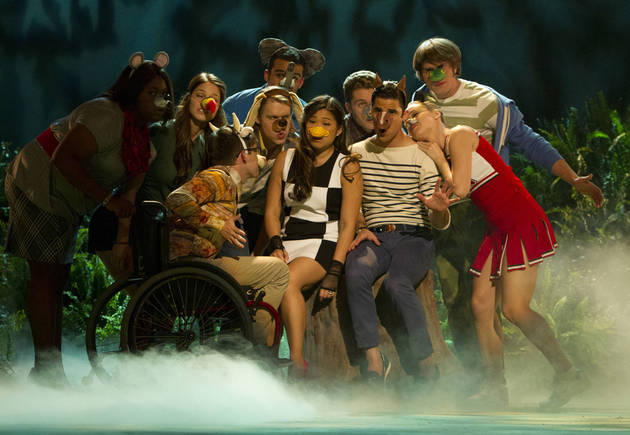 "Watch: Glee's ""The Fox (What Does The Fox Say)"" in ""Puppet Master"" (VIDEO)"