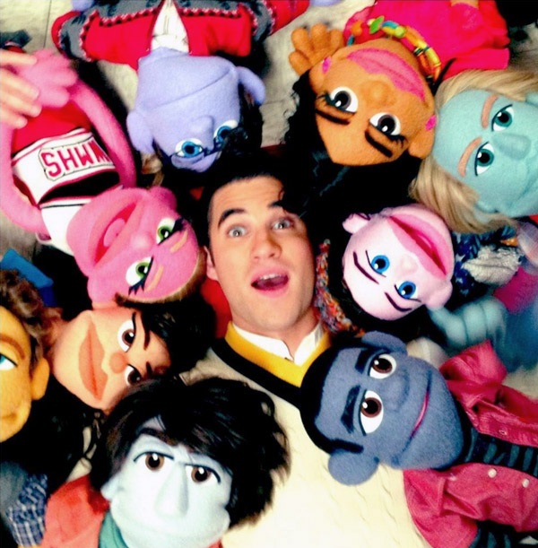 "Glee Spoiler: Watch Blaine's ""You're My Best Friend"" — With Puppets! (VIDEO)"
