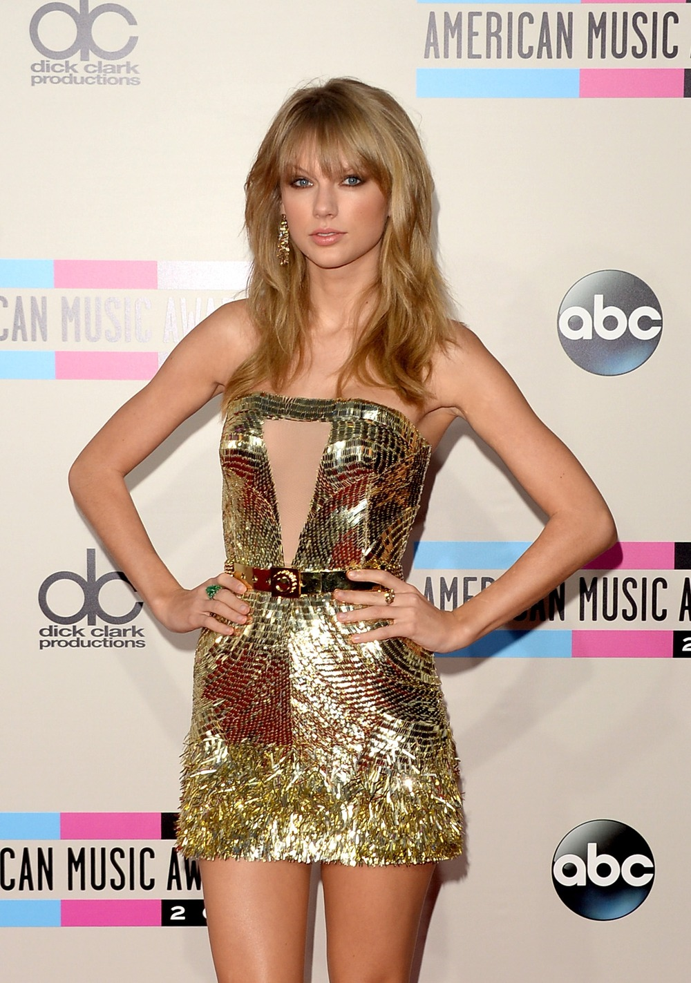 "Taylor Swift, One Direction Top List of Do Something's ""Celebs Gone Good"" in 2013"