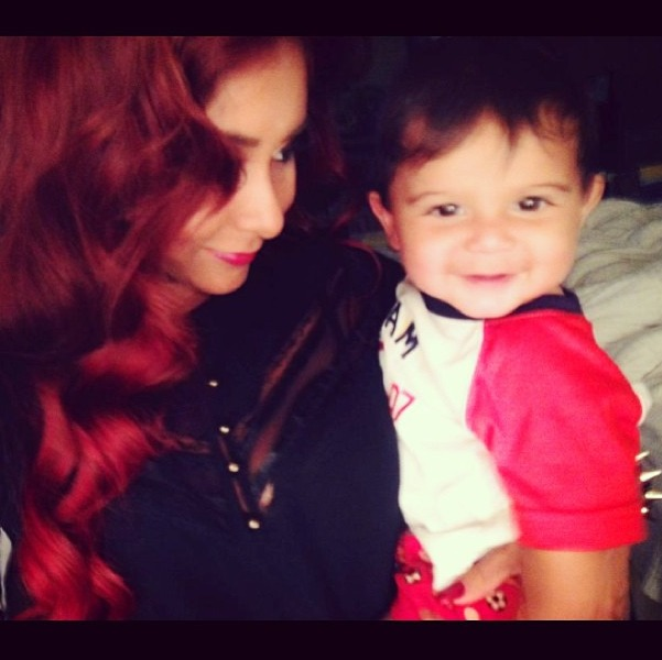 "Snooki's Baby Lorenzo Is ""Team Santa"" — Cute Christmas Photo!"