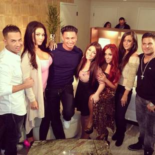 Jersey Shore Cast Sends Love to Pregnant JWOWW and Roger: See Their Cute Tweets!