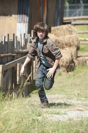 """The Walking Dead Season 4: Carl Has to """"Step Up Quite a Bit"""""""