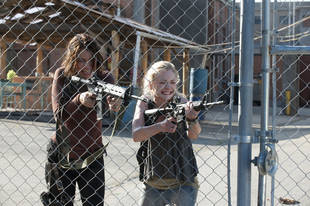 The Walking Dead Season 4 Spoilers: Daryl's Own Episodes and a Shocking Death?